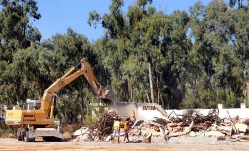 Ερώτηση βουλευτών του ΣΥΡΙΖΑ για τις κατεδαφίσεις αυθαίρετων κατασκευών