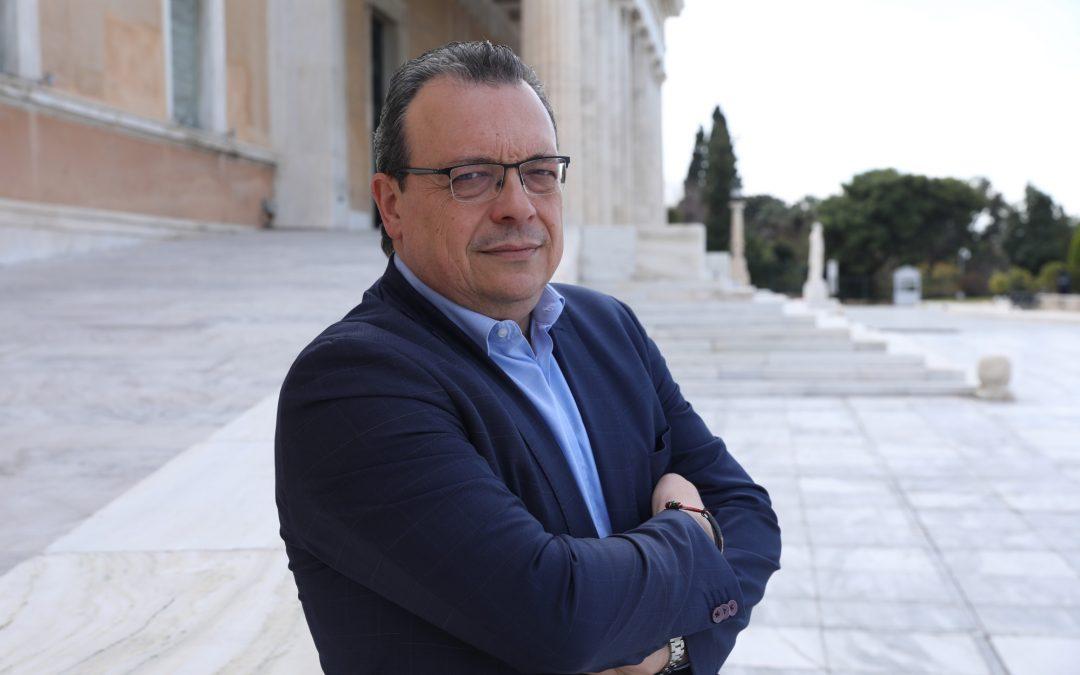 """Σ. Φάμελλος στον Σκάι: """"Διπλωματικό έλλειμμα η απουσία της ελληνικής ΑΟΖ από τη συμφωνία με τη Γαλλία"""""""